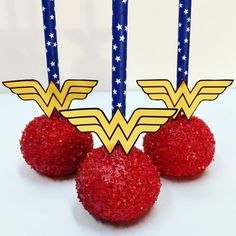 Wonder Woman Themed Party Ideas with Cake Pops - Wonder Woman Themed Birthday Party – bring the Supergirls to your special day - Wonder Woman Cake, Wonder Woman Birthday, Wonder Woman Party, Birthday Woman, Superhero Party Decorations, Girl Superhero Party, Anniversaire Wonder Woman, Birthday Cake Pops, 6th Birthday Parties