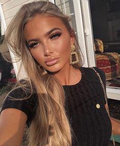 Makeup and honey blonde hair - ChicLadies. Beauté Blonde, Blonde Beauty, Blonde Hair Makeup, Beauty Makeup, Hair Beauty, Glowy Makeup, Sexy Makeup, Flawless Makeup, Peach Hair