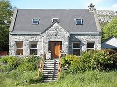 Near fanore and mountain Holiday Lettings, Villa, Mountain, Cottage, Houses, Cabin, House Styles, Home Decor, Homes