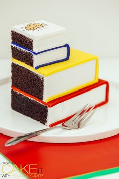 Why choose between your subjects when you can eat all of them at once? Chocolate cake Back to School book cakes are the perfect way to kick off fall! #Dessert #Baking