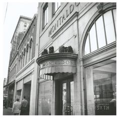 Exterior of the Montaldo's store on West Fourth Street, My grandma always shopped here. Piedmont Airlines, Hollywood Cemetery, Winston Salem North Carolina, Gate City, Wake Forest University, Far Away, Back In The Day, Old Pictures, Virginia