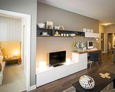 Composition d'un bureau avec un meuble besta ikea