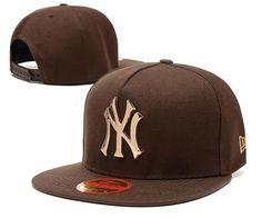 7a439b67e60fc Men s New York Yankees New Era 9Fifty Gold Metal NY Logo A-Frame Baseball  Snapback
