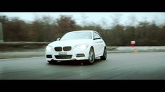 #Wigilia w pełni! Czy śpiewacie już #kolendy? Bo my śpiewamy bardzo szybko #BMW https://www.youtube.com/watch?v=TjncA7jau2g