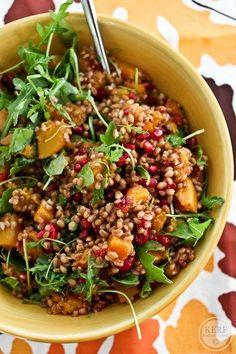 Wheat Berry Salad, Grain Salad, Healthy Grains, Healthy Salads, Healthy Lunches, Healthy Foods, Real Food Recipes, Cooking Recipes, Healthy Recipes