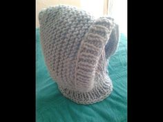 COMO TEJER LINDA GORRITA PARA BEBE EN PUNTO MUSGO A DOS AGUJAS - YouTube Crochet Beanie Hat, Beanie Hats, Crochet Hats, Hooded Cowl, Baby Knitting, Appliques, Lana, Youtube, Knitting Patterns