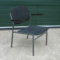 Meer dan 1000 idee n over stalen meubelen op pinterest staal modern industrieel en vintage - Meubilair loungeeetkamer ...