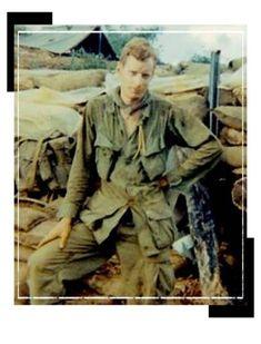 Virtual Vietnam Veterans Wall of Faces   ROBERT J SANTORO   ARMY