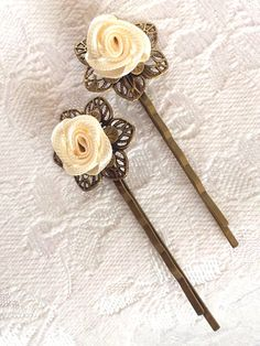 Pair Vintage style antique brass filigree cream ribbon flower wedding bridal hair grips bobby pins
