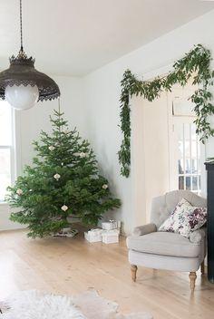 Vintage Whites Blog: Christmas Home Tour