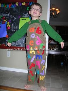 Homemade Chicka Chicka Boom Boom Costume...maybe make an apron instead with velcro letters for the classroom????