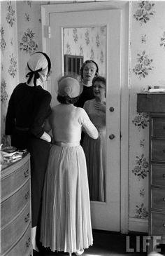 Édith Piaf and Marlene Dietrich, 1952