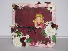 Carte féminine multi-fête Lunch Box, Creations, Desserts, Tailgate Desserts, Deserts, Bento Box, Postres, Dessert, Plated Desserts