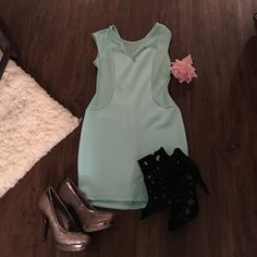 """Sexy light blue body-con dress Body-con 97% polyester and 3% spandex Large dress. Will hug your body for that sexy """"can't take your eyes off of you"""" look. Wear this for a night out and change it up with the light blue instead of black! Blue is the new black! Forever 21 Dresses"""