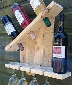 wooden pallet wall bar idea