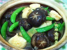 多食冬菇和木耳富含氨基酸,提高免疫力。 只是簡單烹飪以蠔油,就能帶出鮮菇的味道~