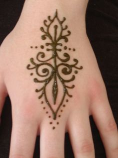 Henna design could make for a pretty post-mastectomy tattoo. Just be careful of the fine detail around the scarred area. Talk with your artist if henna is a design for you. [p-ink.org]