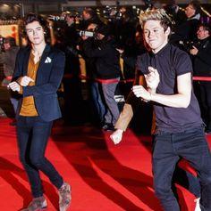 One Direction Niall Horan, Harry Styles ~EN