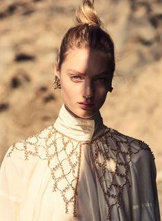 Vogue Korea, Vogue Japan, V Model, All White Outfit, White Outfits, Elle Us, Natalia Vodianova, Fashion Story, Crochet Fashion