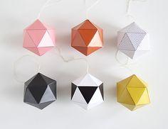 Verschillende soorten geometrische hangers