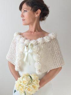 Ideas Winter Wedding Shawl Crochet Pattern For 2019 Knitted Shawls, Crochet Shawl, Crochet Lace, Irish Crochet, Easy Crochet, Crochet Pattern, Winter Wedding Shawl, Wedding Cape, Cream Wedding
