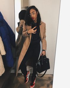 199 captivating street style spring outfits ideas to copy asap – page 6 Winter Fashion Outfits, Fall Winter Outfits, Autumn Winter Fashion, Spring Outfits, Outfit Essentials, Pastel Outfit, Mode Streetwear, Streetwear Fashion, Black Girl Fashion