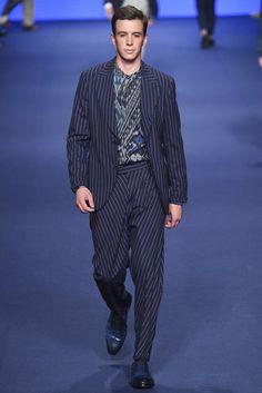 the modern striped suit. etro men spring/summer 2017 look #20.