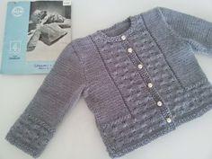 Dagny stickar och virkar: Mönster till babykoftan Newborn Crochet, Crochet Baby, Knit Crochet, Baby Cardigan Knitting Pattern Free, Baby Knitting Patterns, Baby Barn, Textiles, Knitting For Kids, Baby Sweaters