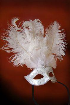 Ball Queen - White - Venetian Mask
