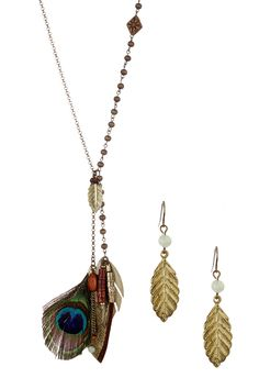 Jewelry by Felicia | Boho Chic Feather Necklace & Earrings Set #jewelry #necklace