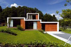 Vila na Kudlově, Zlín - EA Architekti Garage Doors, Shed, Outdoor Structures, Architects, Outdoor Decor, House, Future, Blog, Home Decor