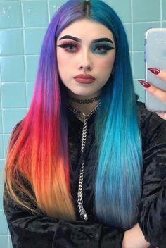 dyed hair everywhere Cute Hair Colors, Hair Dye Colors, Cool Hair Color, Creative Hair Color, Hairstyles Haircuts, Pretty Hairstyles, Split Dyed Hair, Balayage Ombré, Hair Streaks