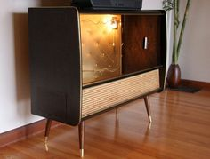 Radiogram with cocktail cabinet as tv stand