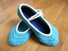 ** Two-toned Crochet Room-Shoes ~ Mary Jane Style ~**