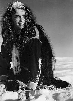 Mirjami Kuosmanen in Valkoinen peura (1952) All Tomorrow's Parties, Eliza Dushku, The Best Films, Reno, Old Movies, Cool Cats, Finland, Jon Snow, Movie Stars