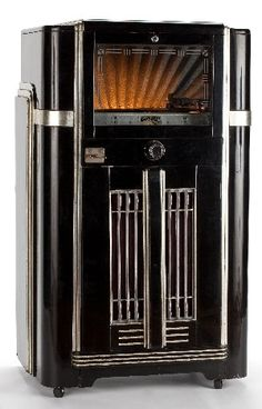 Seeburg Symphonola juke box, black lacquer and silvered case, ca. 1940