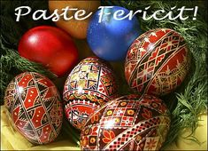 How to say Happy Easter in Romanian: Paste Fericit :)