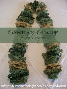 How to Make a Scarf using Sashay Yarn and your fingers (Adventures of a DIY Mom)