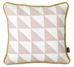 Ferm Living Sierkussen roze/wit & zwart/wit organisch katoen/donzen vulling 30x30cm, Little Geometry - Rose
