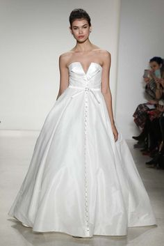 Anne Barge Bridal Fall 2015 - Slideshow