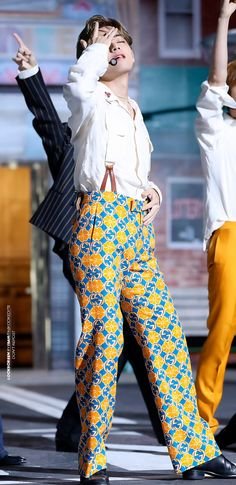 Namjoon, Yoongi, Bts Taehyung, Seokjin, Hoseok, Bts Bangtan Boy, Bts Jungkook, Bts Gifs, Bias Kpop