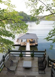 Trendy Ideas For House Lake Architecture Decks Lake Dock, Lake Beach, Boat Dock, Deck Boat, Lakeside Living, Outdoor Living, Outdoor Patios, Outdoor Chairs, Haus Am See