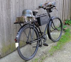 Old Bicycle, Cruiser Bicycle, Bicycle Parts, Old Bikes, Cruiser Bike Accessories, Bici Retro, Bicicletas Raleigh, Best Electric Bikes, Antique Bicycles
