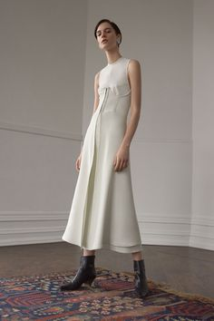 See the complete Beaufille Fall 2017 Ready-to-Wear collection.