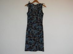 Vintage woman's blue background sleeveless polyester v neck Floral dress wrap dress size XS-S