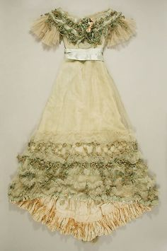 ~Evening dress Jacques Doucet (French, Paris 1853–1929 Paris) Date: ca. 1904 Culture: French Medium: silk~