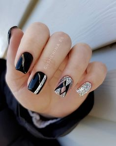 Beautiful Nail Art Designs : Page 21 of 29 : Creative Vision Design Nail Art Designs, Black Nail Designs, Beautiful Nail Designs, Beautiful Nail Art, Red Nails, Hair And Nails, Cute Nails, Pretty Nails, Art Deco Nails