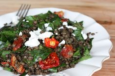 Eleven Delicious Lentil Recipes I love the colours in this Puy Lentil, Tomato & Feta Salad via Eden Kitchen Vegetarian Main Dishes, Vegetarian Recipes, Healthy Recipes, Yummy Recipes, Recipies, Spinach Feta Salad, Tomato Salad, Lentil Recipes, Salad Recipes