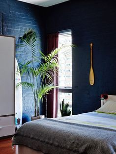 Kate Stokes and Haslett Grounds Fitzroy loft - The design files Blue Rooms, Blue Bedroom, Blue Walls, Bedroom Decor, Dark Interiors, Colorful Interiors, Coastal Bedrooms, Luxury Bedrooms, The Design Files