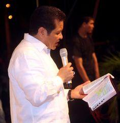 http://blog.friendlymap.com.uy/2012/10/27/estados-unidos-aquellos-que-practican-relaciones-homosexuales-son-dignos-de-la-muerte/